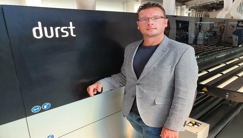 Insitu se prepara para brillar con la primera inversión en Durst en Reino Unido