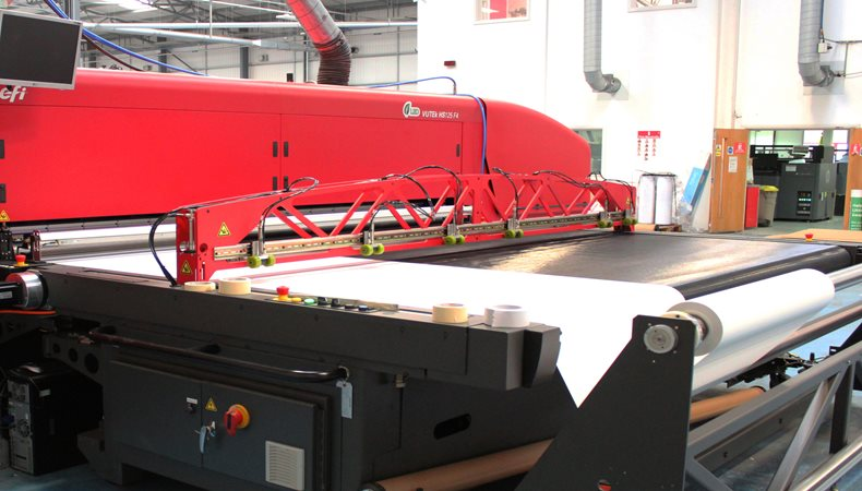 Gardners invests in an EFI VUTEk HS125 F4 from CMYUK