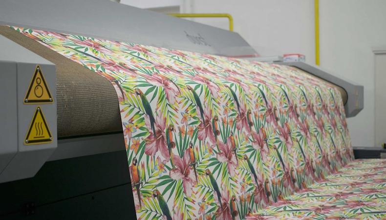 Colorprint renueva su división de producción digital con Durst