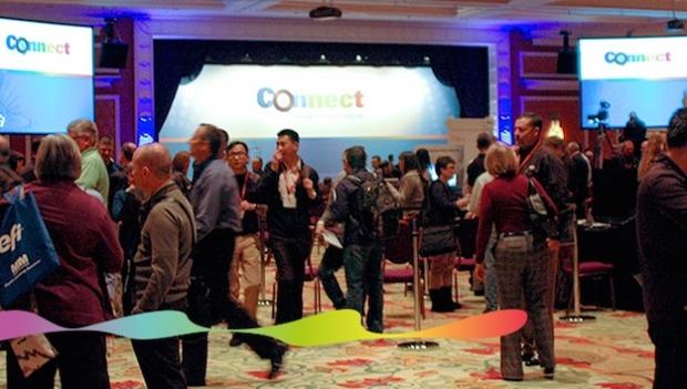 EFI desvela sus nuevas impresoras VUTEk en el congreso Connect