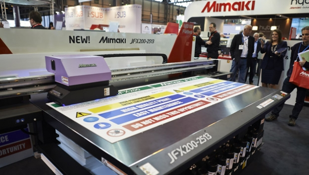 Which entry-level flatbed printer is best for your business?