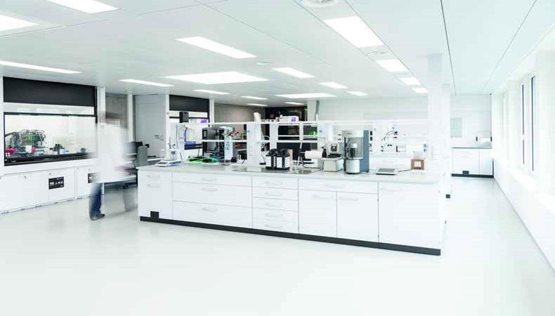 Swissqprint eröffnet Tintenlabor