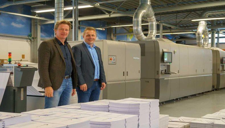 Zalsman erweitert seine Inkjet-Kapazitäten mit Europas erstem Ricoh Pro VC70000