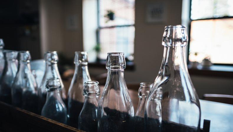 Deinking glass
