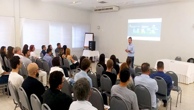 FESPA Digital Printing Forum brings together digital printing professionals to discuss the Brazilian