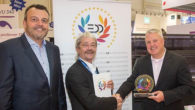 EFI erhält prestigeträchtigen EDPAward für  besten Textildrucker