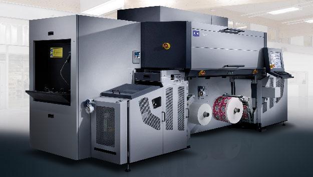 Erste Installation des Etikettendrucksystems Durst Tau330 in der Ukraine