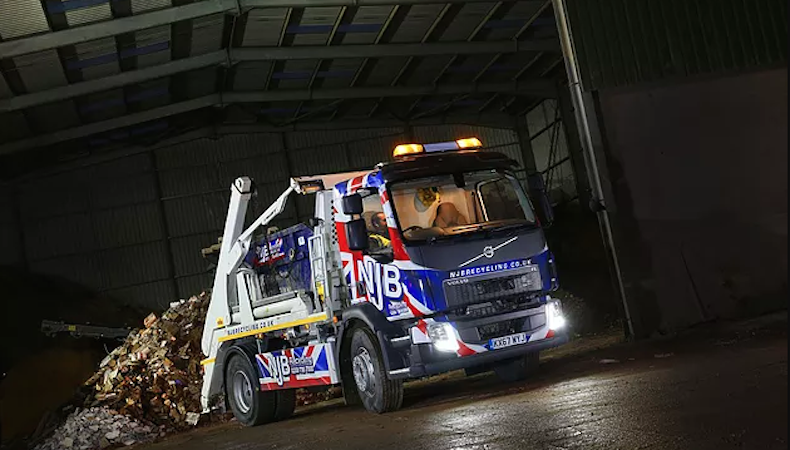 Wrap Cube first in UK to use 3M reflective wrap film
