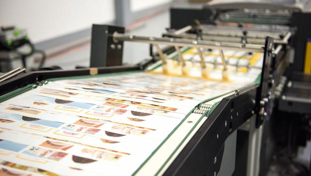 Haberbeck verarbeitet Inkjet-Rollendruck mit Tecnau