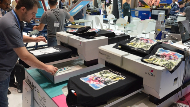 Polyprint shows new TexjetPLUS direct to garment printer at FESPA 2015