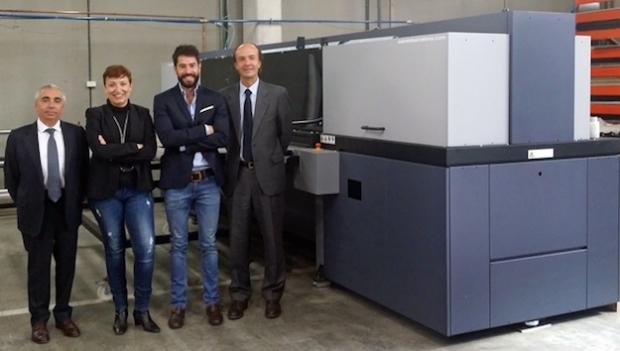 "Sabaté Barcelona instala una Durst Rho P10-250HS ""Full Equipe"""