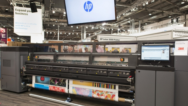 How to choose a superwide high production roll-fed printer