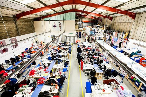 Una ventana hacia la producción de moda y las tecnologías digitales con Jenny Holloway de Fashion En